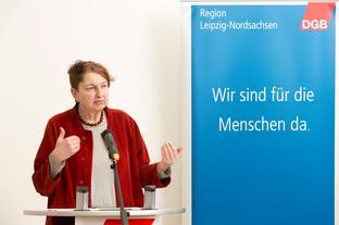 Die Rednerin Annelie Buntenbach