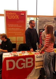 """students@work""-Infostand an der Uni Leipzig"